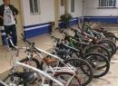 输在起跑线!东海一中学生竟然骑一辆价值6500的宝马自行车,然后悲剧了~