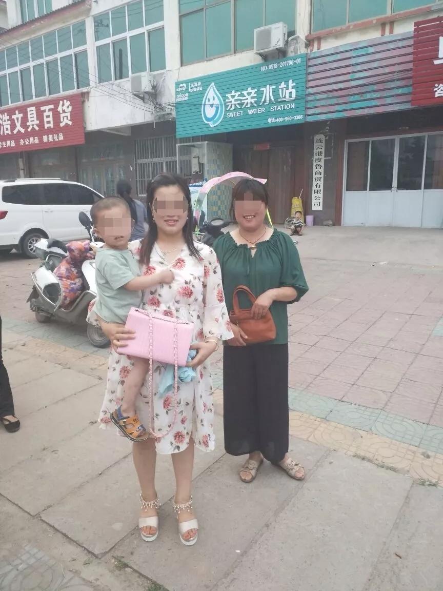 心真大!东海一粗心妈妈,带着女儿买雪糕,结果把三岁儿子搞丢了~